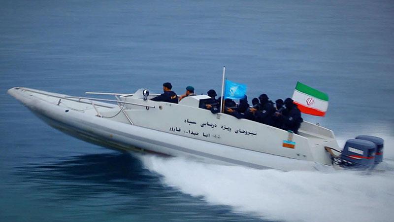نیروهای ویژه نیروی دریایی سپاه مستقر در جزیره فارور خلیج فارس