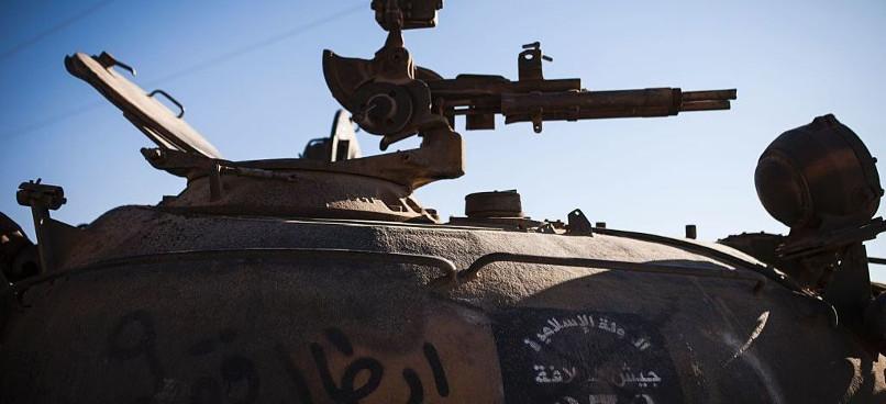 تانک های چوبی داعش